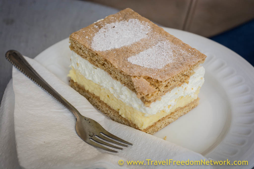 Bratislava podcast - Krémes double cream cake
