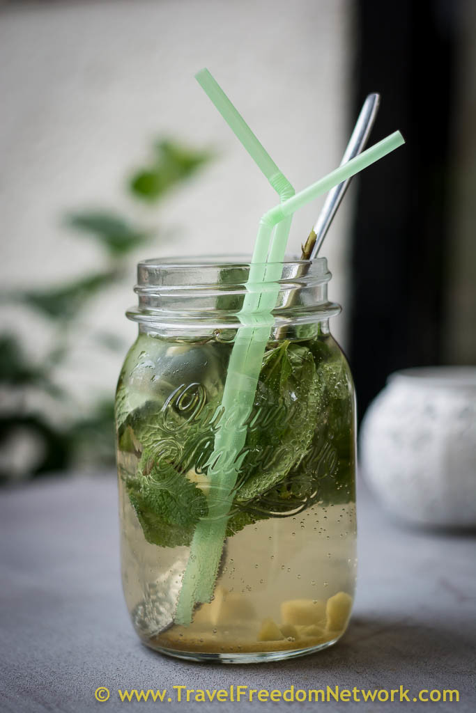 Bratislava food Podcast - Mint and ginger drink in mason jar